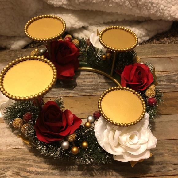 Avon Other - Avon winter garland lighted centerpiece candles